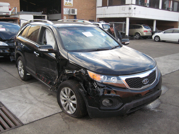 kia sorento iii platinum 2 2dt sa 4wd black sorento. Black Bedroom Furniture Sets. Home Design Ideas