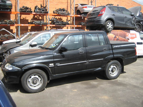 Ssangyong Musso Sports Ute 2.9DT -A- 2WD Black. Musso auto parts.