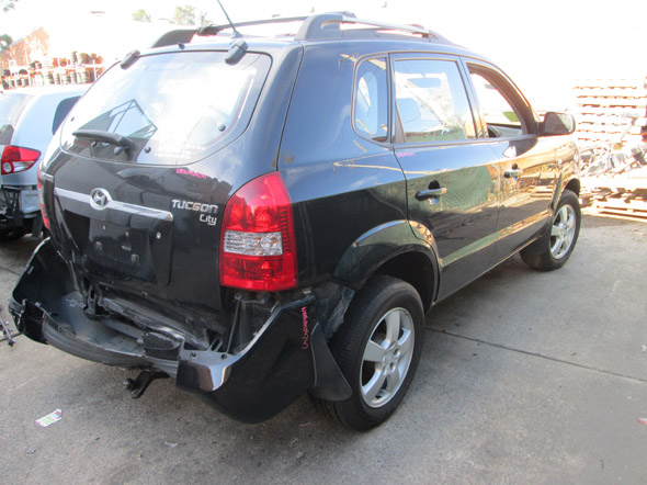 Hyundai Tucson (City) 2 0i -M- Black  Hyundai spare parts
